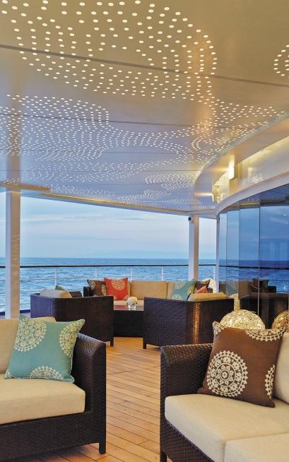 MAR Horizon Aft Lounge